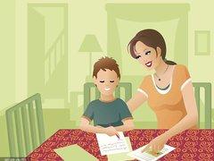 泪崩!7 岁男童遭亲妈虐打两年仍想她:在孩子爱你时,请善待TA!